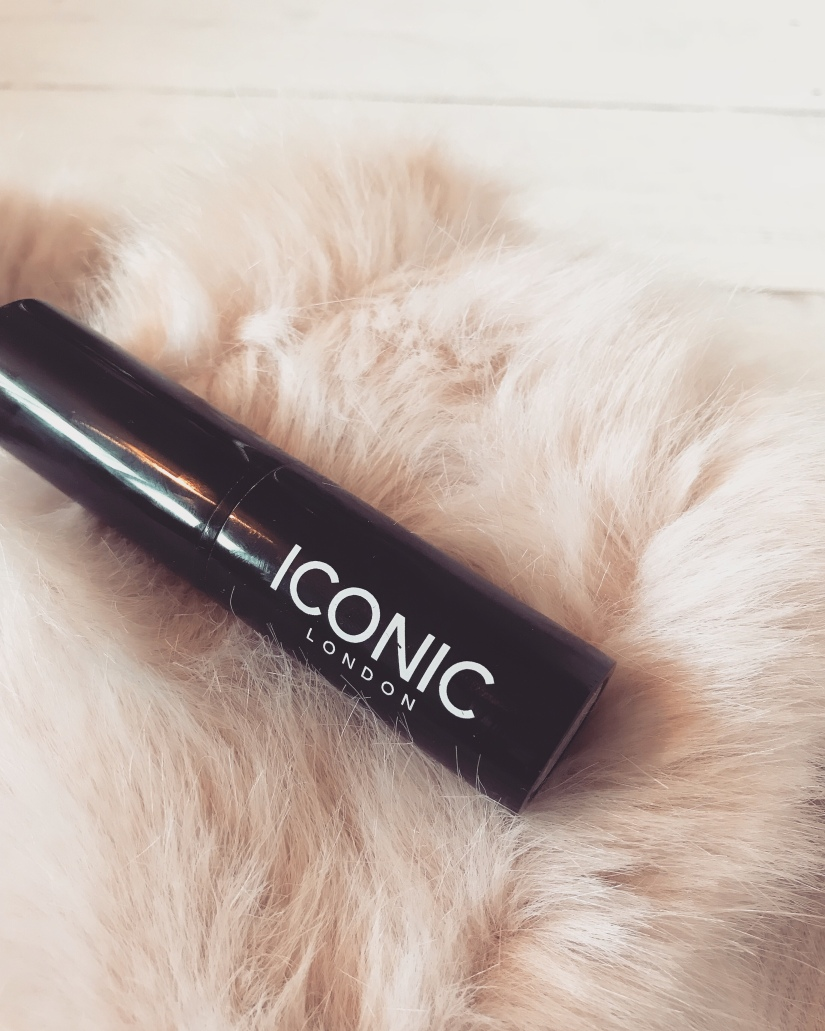 MAKEUP REVIEW: Iconic London Pigment Stick