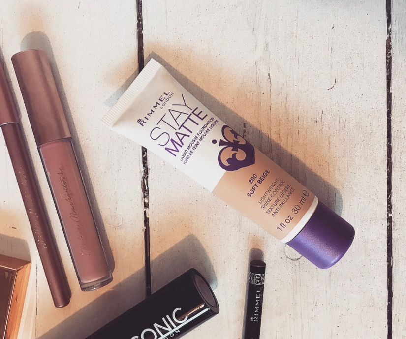 Review: Rimmel Stay MatteFoundation